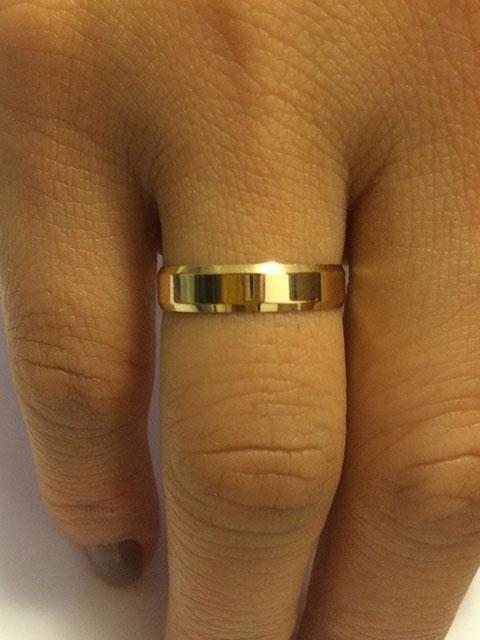Par de Alianças de Casamento Facetada Polida Ouro 18k - Houros Joias 5225ce7134