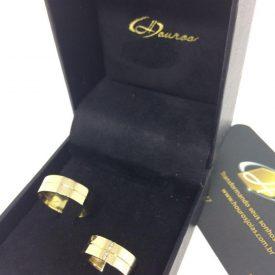 Par de Alianças Ouro 18k Casamento 6mm 12g Reta Brilhantes